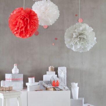 Paper poms decorativi bianco e pesca - Engel